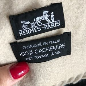 Hermès Cashmere Throw (60x75)